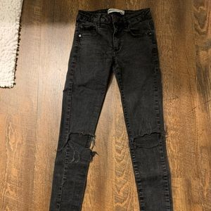 Garage Destroyed Black Jeans